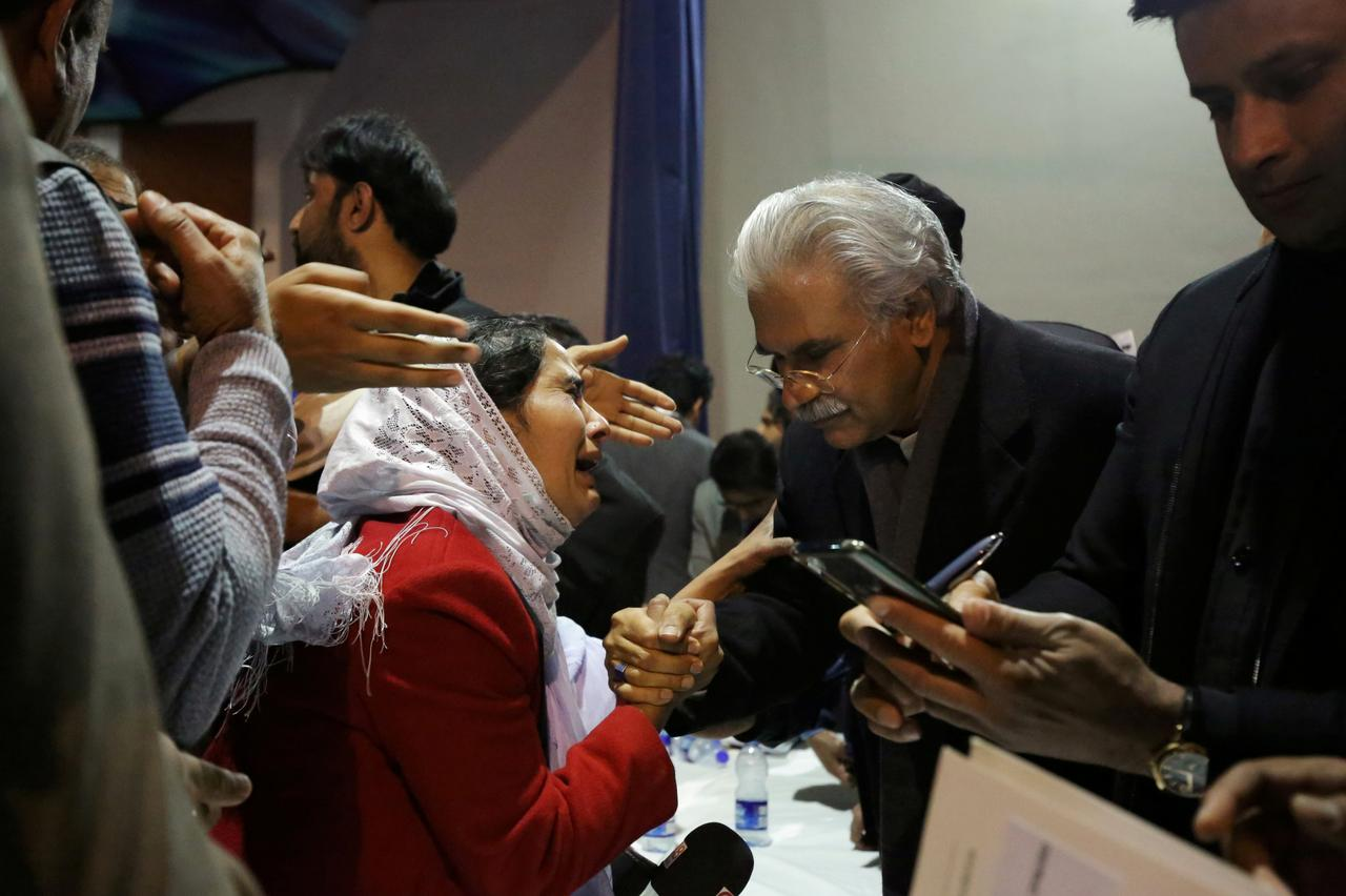 Pakistan's De Facto Health Minister Steps Down Amid Coronavirus