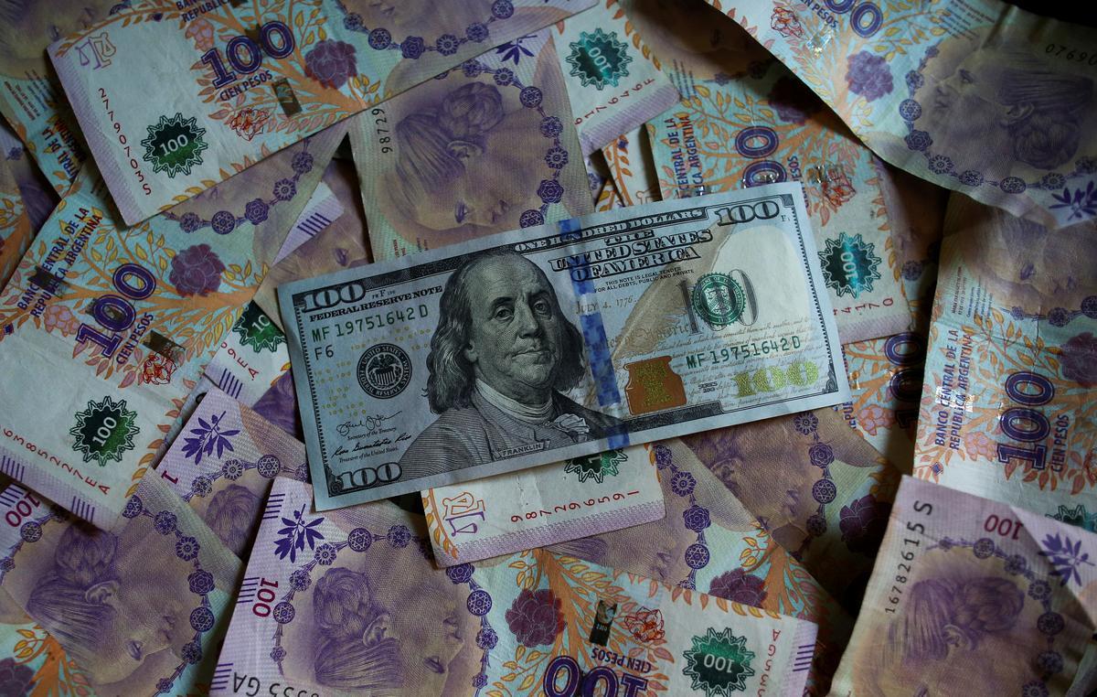 Argentina strikes $65 billion debt deal to break deadlock