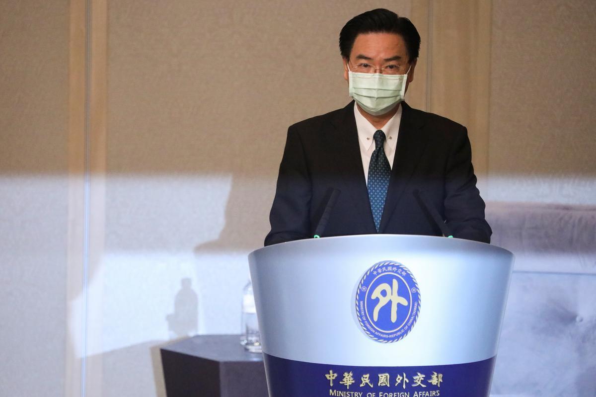 Taiwan tells visiting U.S. official China seeks to turn it into next Hong Kong – Reuters