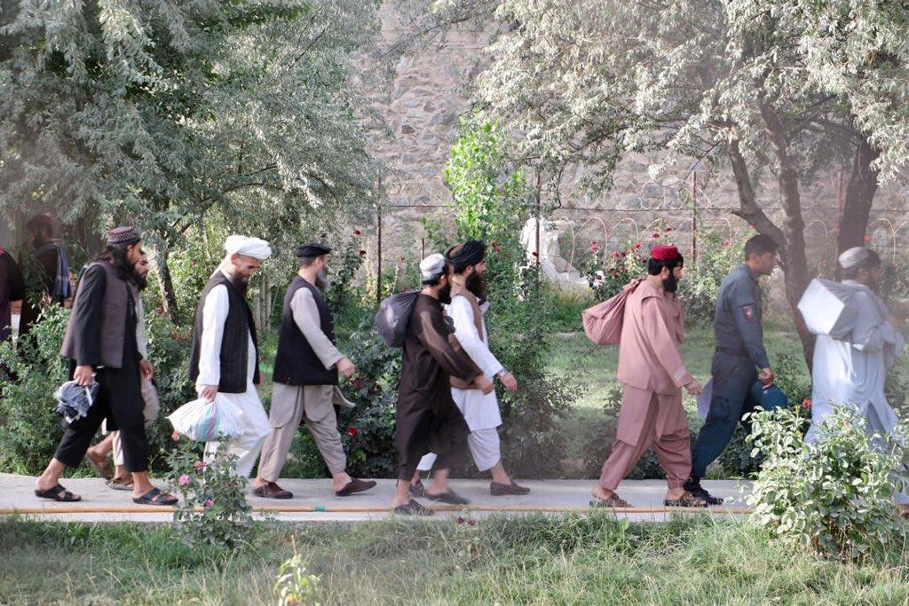 Afghanistan Begins Releasing Last 400 Taliban Prisoners
