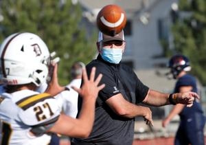 Football returns to Utah high school field amid pandemic