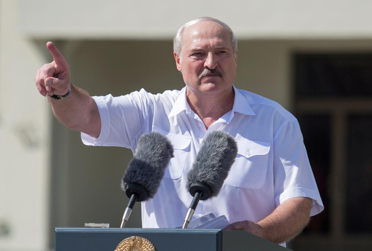 Lukashenko rewards security forces as Belarus protests rage on – Reuters