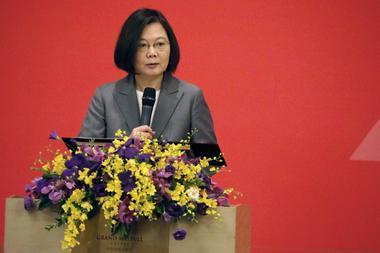 台湾総統、菅首相と電話会談予定せず 森元首相発言に中国が懸念