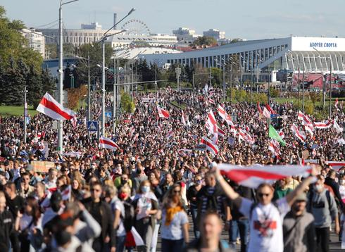 Weekend of mass protests in Belarus