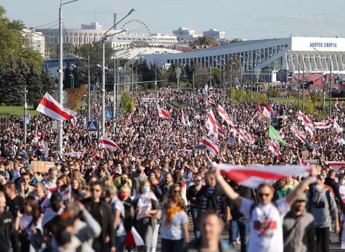 Weekend of mass protests in Belarus