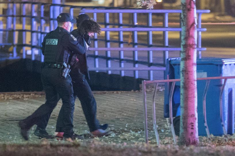 Man Dressed in Medieval Clothes and Wielding a Sword Kills Two, Injures Five in Quebec on Halloween