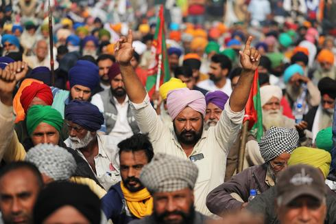 Mass protests over India's new farm laws