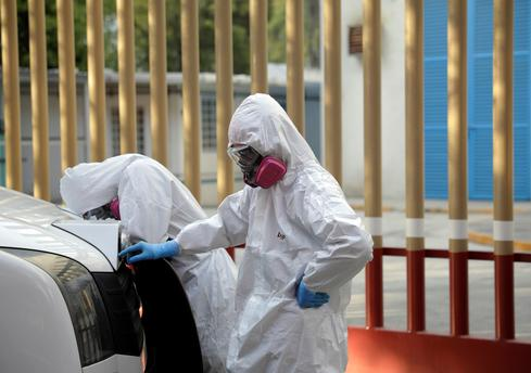 Mexico City hospitals 'completely saturated' as COVID-19 surges