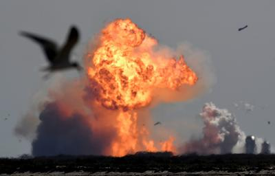 SpaceX rocket explodes after test launch