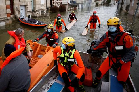 Southwest France hit by heavy floods