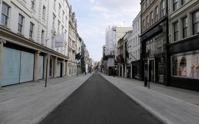 FILE PHOTO: General view of the deserted New Bond Street with its closed shops, following the outbreak of the coronavirus disease (COVID-19), London, Britain, May 7, 2020. REUTERS/Simon Dawson/File Photo