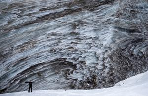 Locals flock to Kazakhstan's glaciers during pandemic