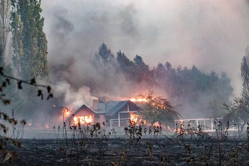 Wildfire destroys hundreds of homes in Argentina