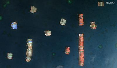 Hundreds of Chinese ships massed in South China Sea