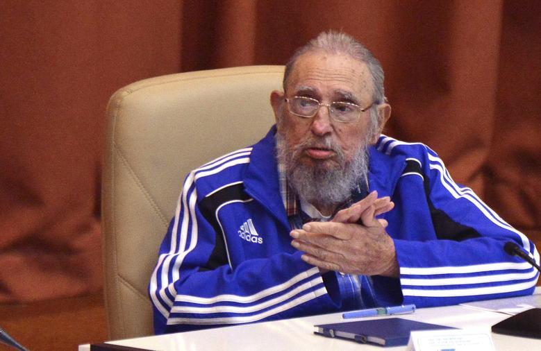 Kubas ehemaliger Präsident Fidel Castro nimmt an der Abschlussfeier des siebten Kongresses der Kommunistischen Partei Kubas (PCC) in Havanna teil, April 2016. | Bildquelle: REUTERS | Bilder sind in der Regel urheberrechtlich geschützt