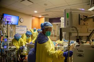 Canadian ICU feels crush amid variant-driven COVID surge