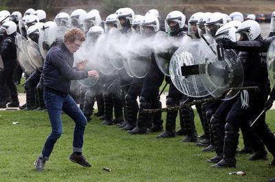Police break up anti-lockdown party in Belgium