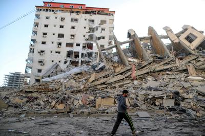 Gaza residential tower collapses in Israeli airstrike
