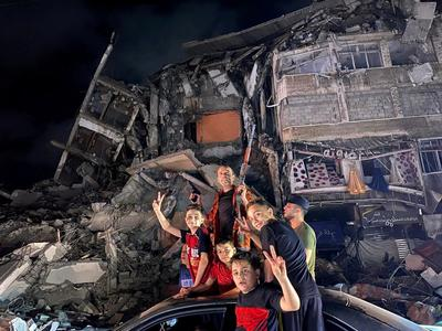Gazans celebrate after Israel and Hamas begin truce