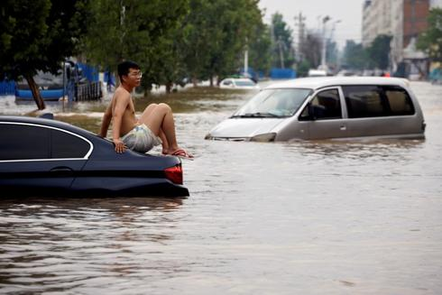 Heavy rain in Sichuan forces evacuation of 80,000 people - state media
